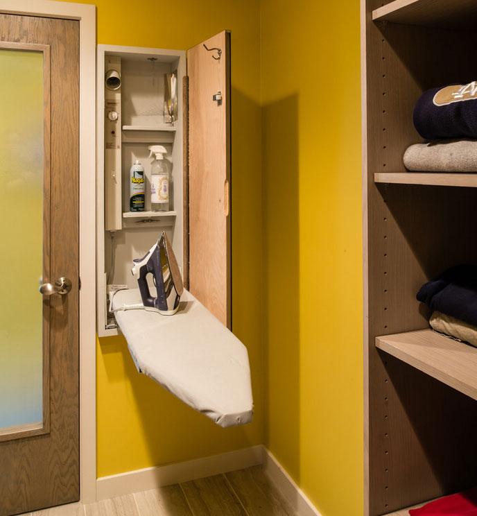 Cocinas lanzarote modulan muebles de cocina y armarios - Mueble tabla planchar ...